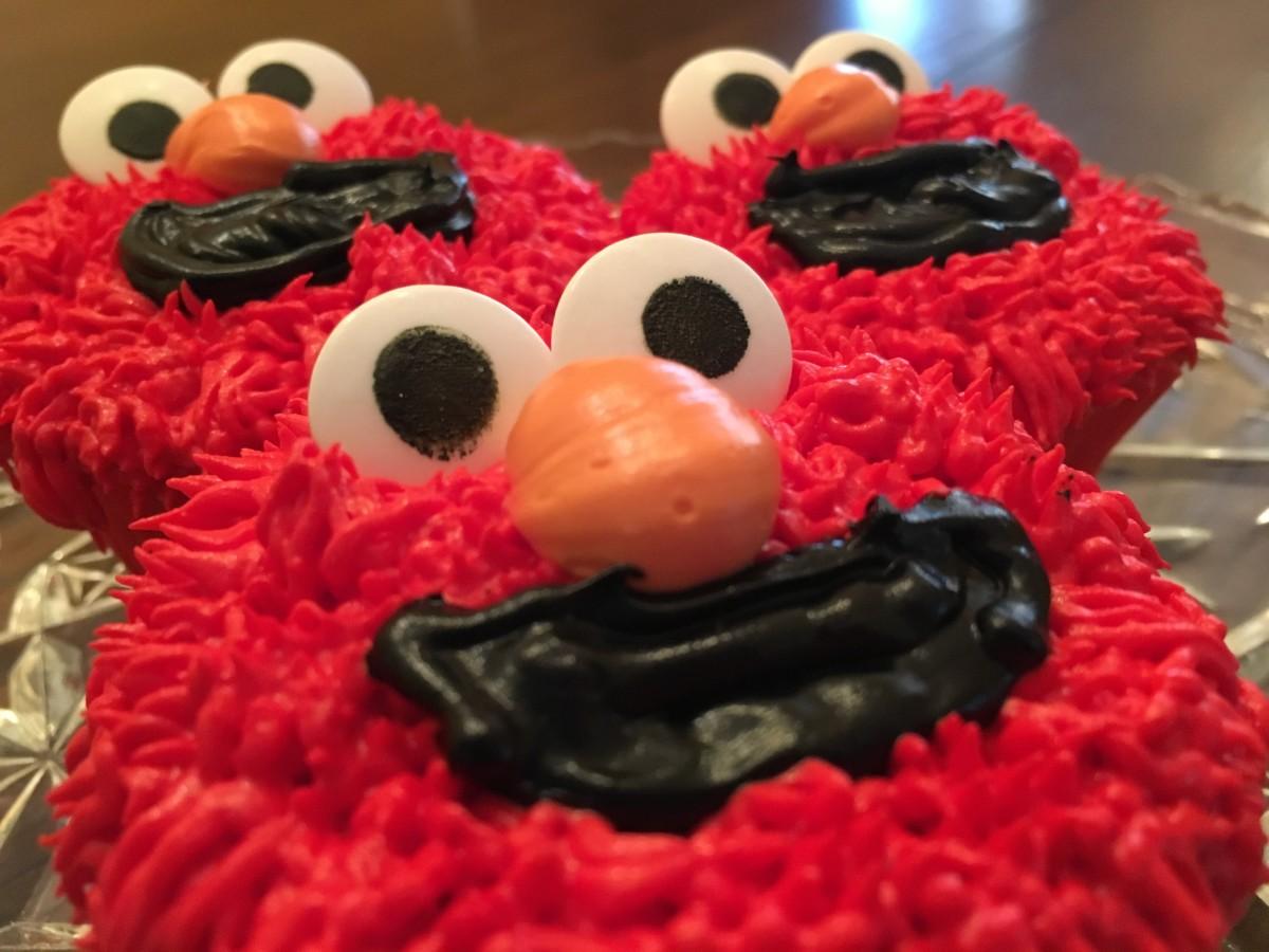 DIY Elmo Cupcakes
