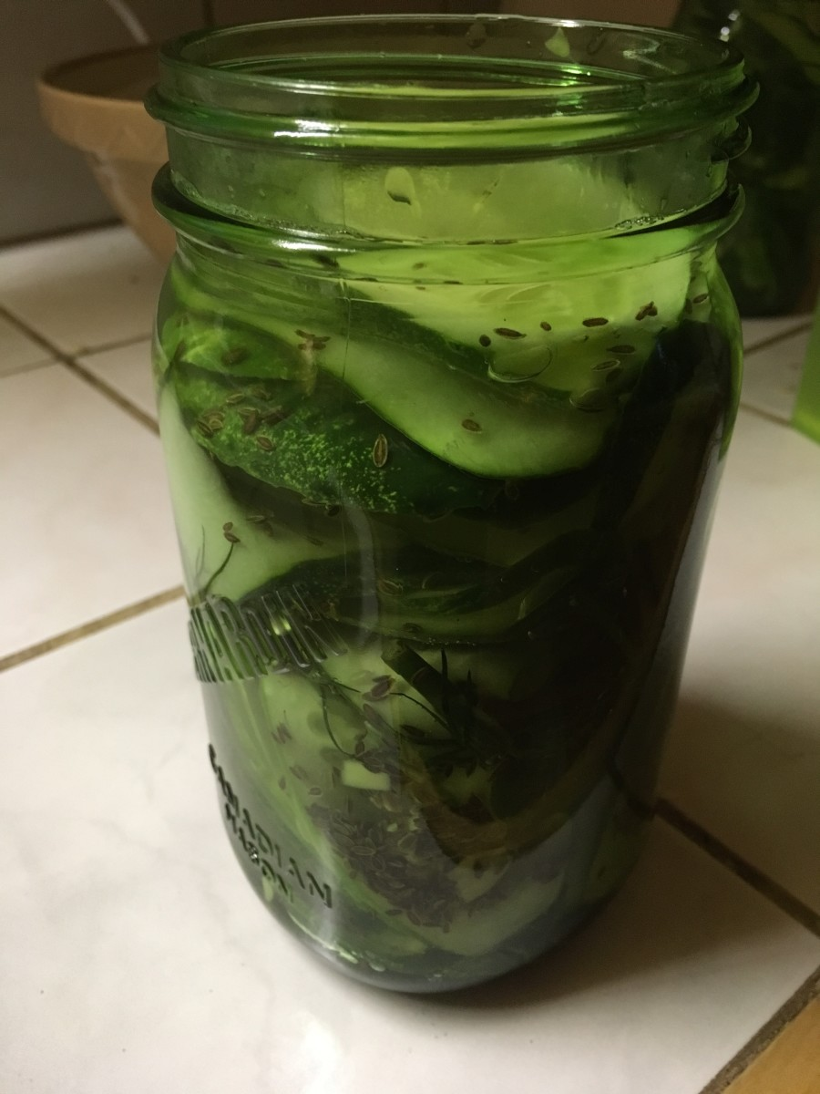 Love these pickles. Fill to the line you see here.