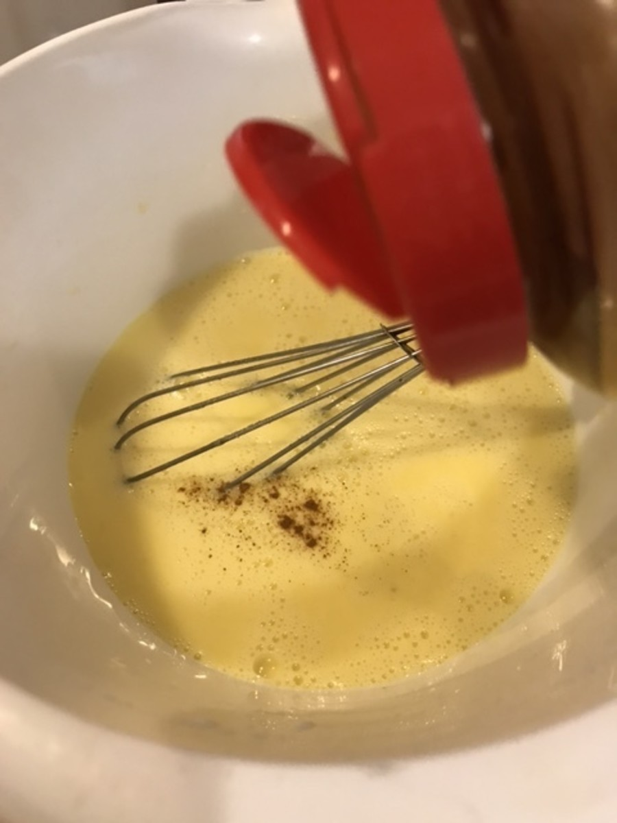 Stir a teaspoon of ground cinnamon into the batter. If you'd like more - go for it.