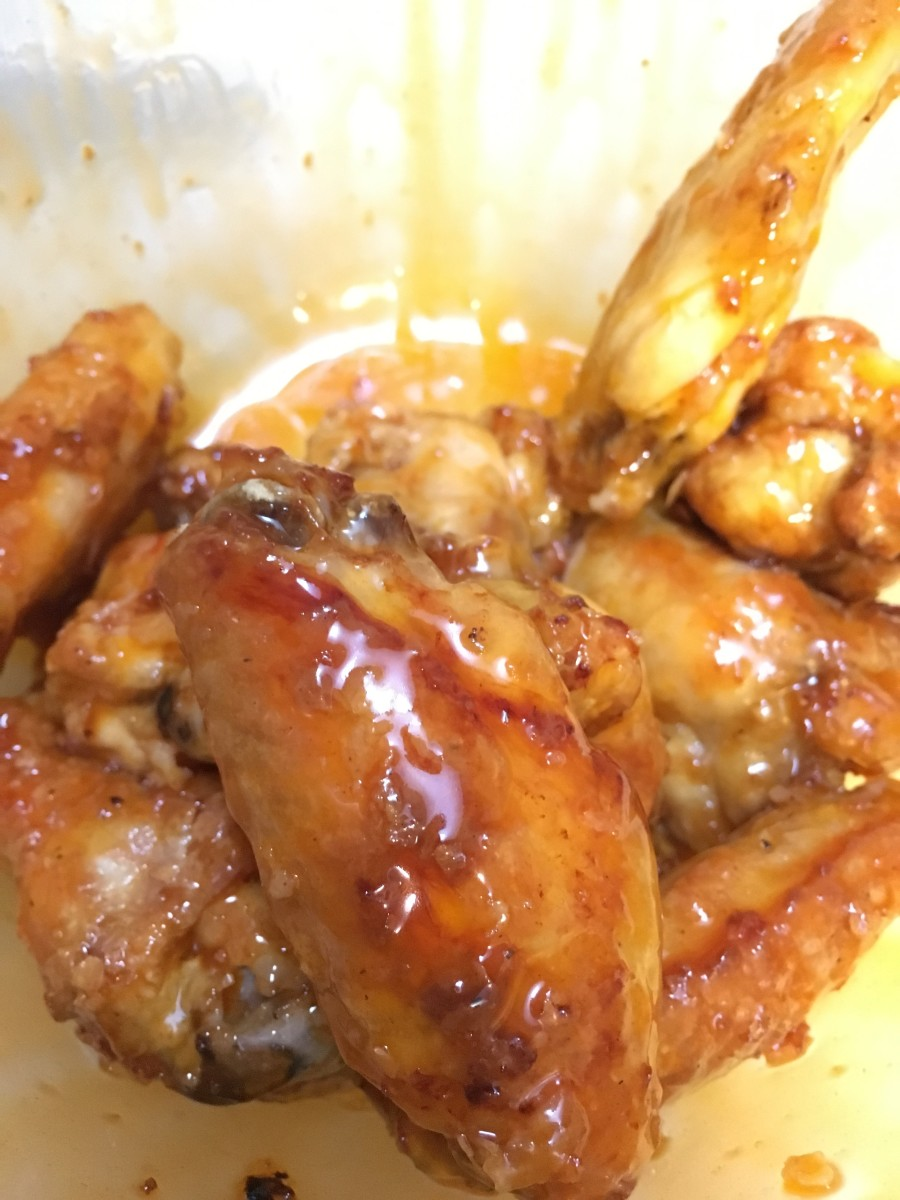 A delicious meal of chicken wings.