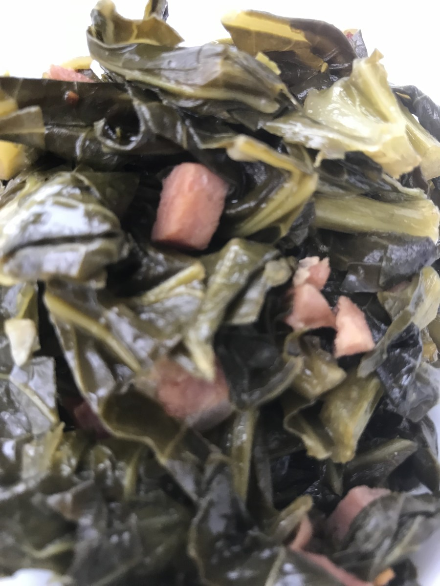 Rich and delicious, southern style collard greens are loaded with nutrients and fiber. Serve with creamy grits or cast iron skillet cornbread for a perfect meal.