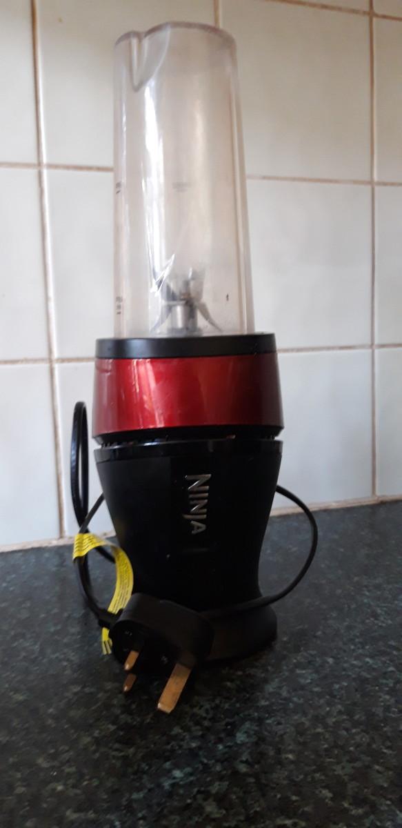 This is my Ninja Slim Blender (the official name is the Nutri Ninja 700W Slim Blender & Smoothie Maker)
