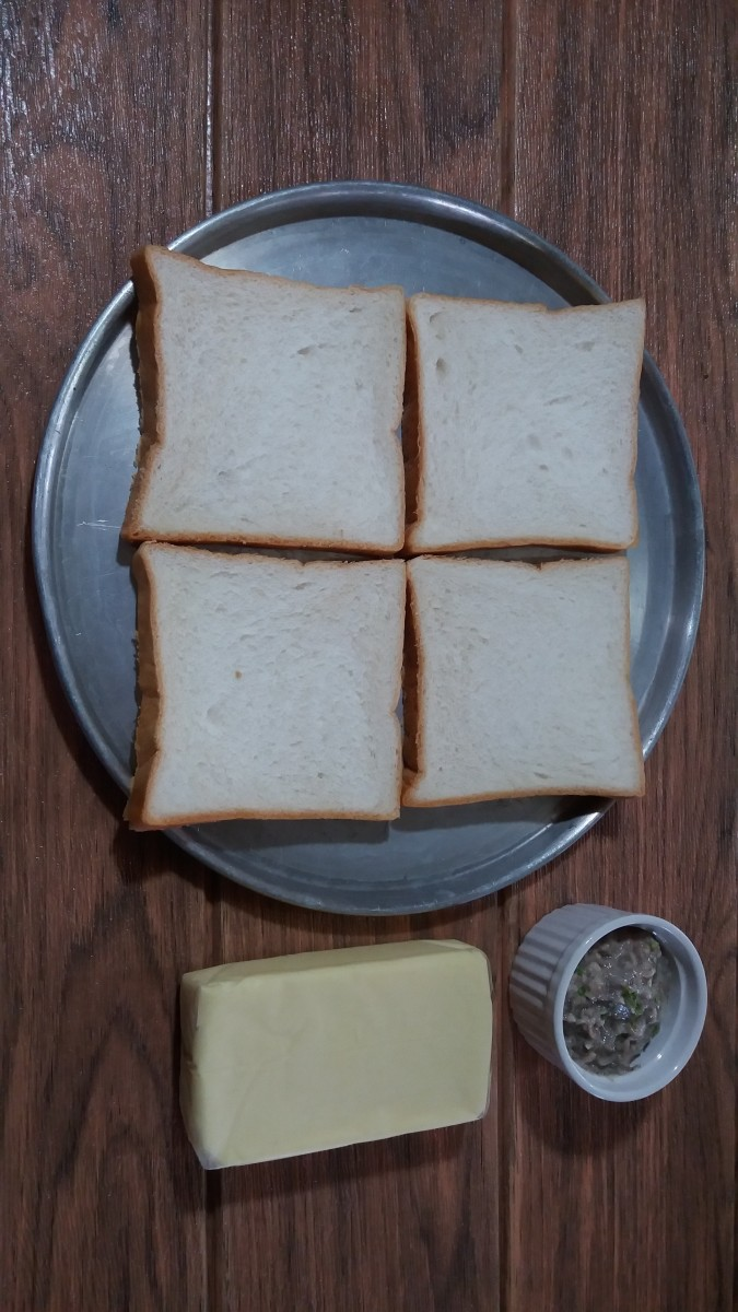 Ingredients for open-faced cheesy sardine sandwiches