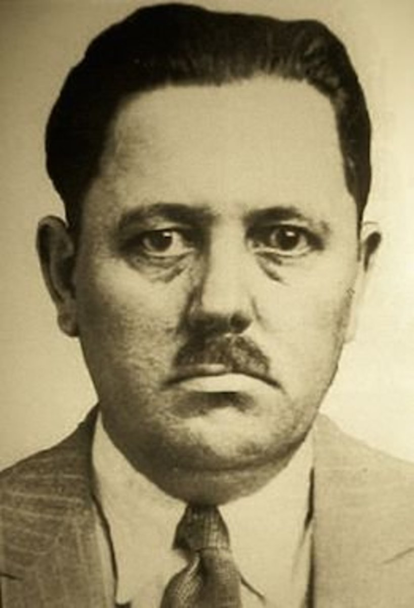 Fred 'Killer' Burke and his asymmetrical moustache.
