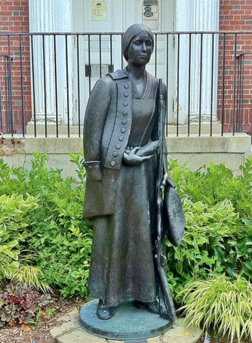 Statue of Deborah Sampson in Sharon, Mass.