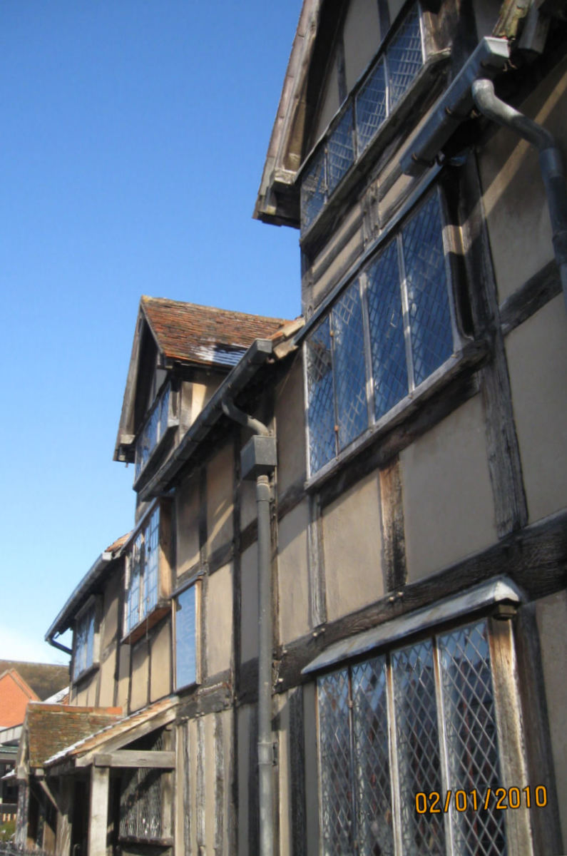 Shakespeare's Birthplace. Stratford-Upon-Avon * Copyright Tricia Mason. 2010