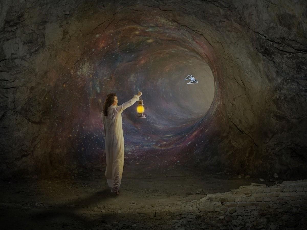 Short Story 7. Journey to a Secret Cave
