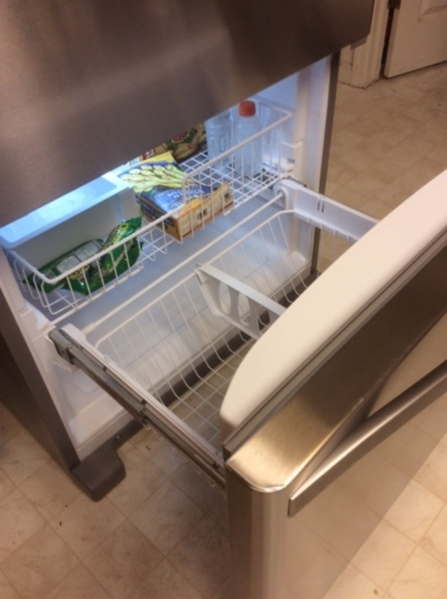 Easy access to the freezer is a good feature.