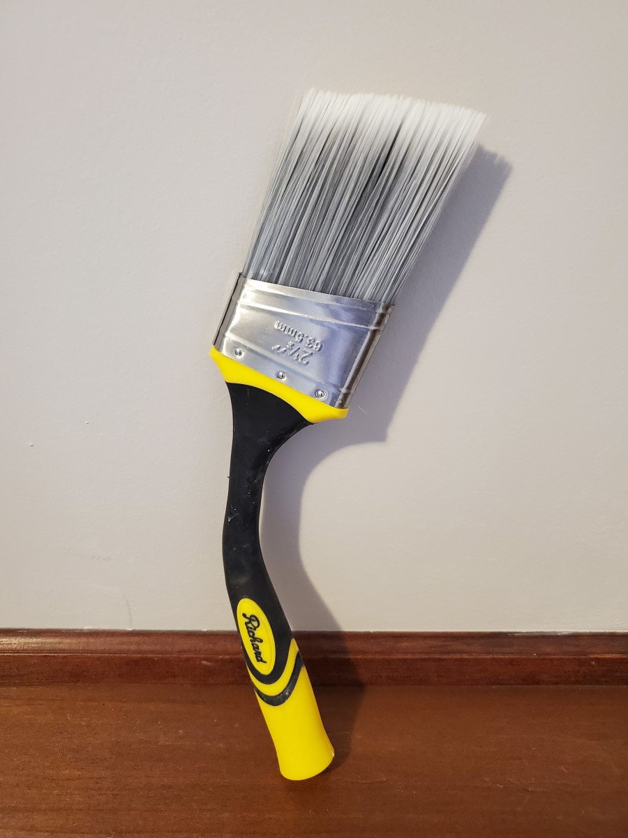Is the Goose Neck Extendable Paint Brush Worth Buying?