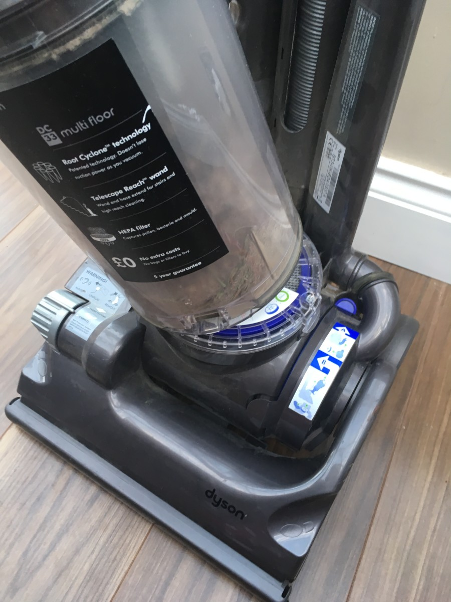 What to Do If a Dyson Vacuum Cleaner Has Stopped Picking up