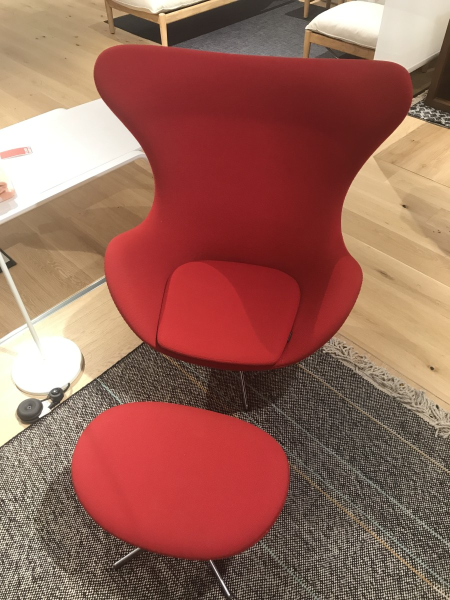 Recliner And Lounge Chair Options For Tall People - Dengarden - Home And Garden