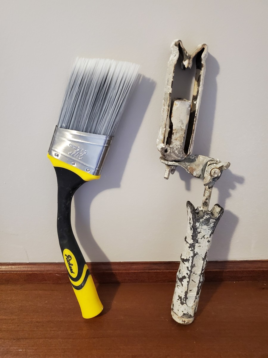 My Goose Neck extendable paint brush and one of my rusty Shur-Line extenders. Which one's better?
