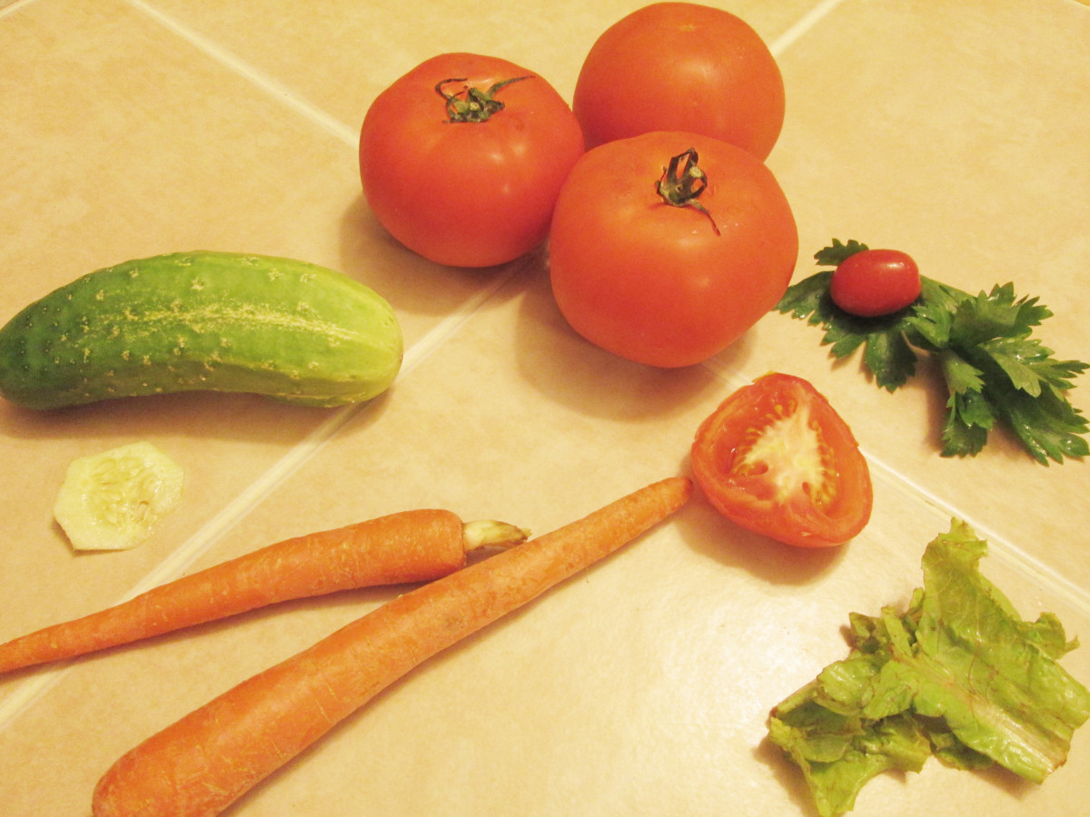 Some vegetables that can be fed to a parakeet