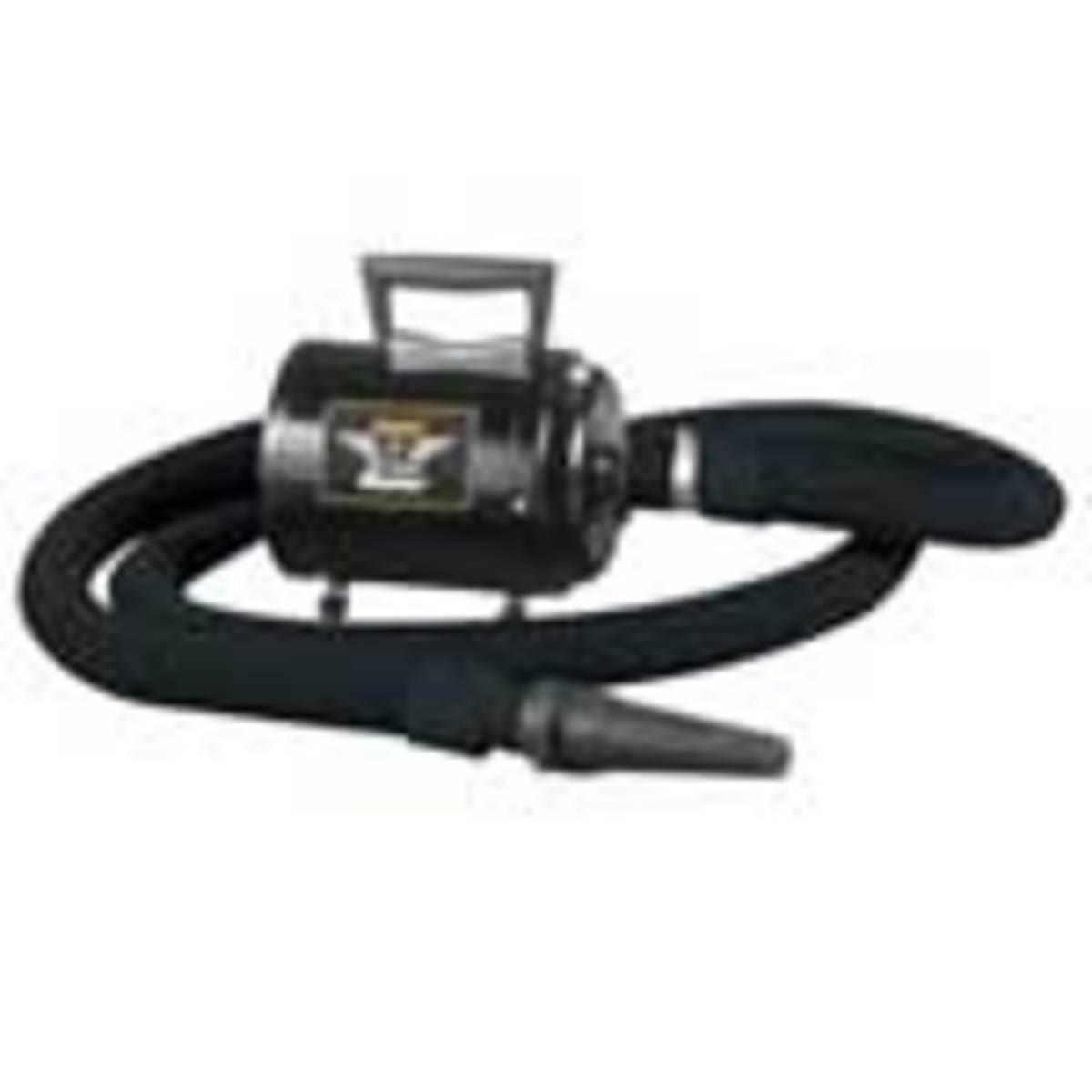 Force dryer. Air volume: 130 CFM. Air speed: 29,250 FPM. Heat: warm air (no heating element).  Motor: 4.0 HP. Amps: 9.5.