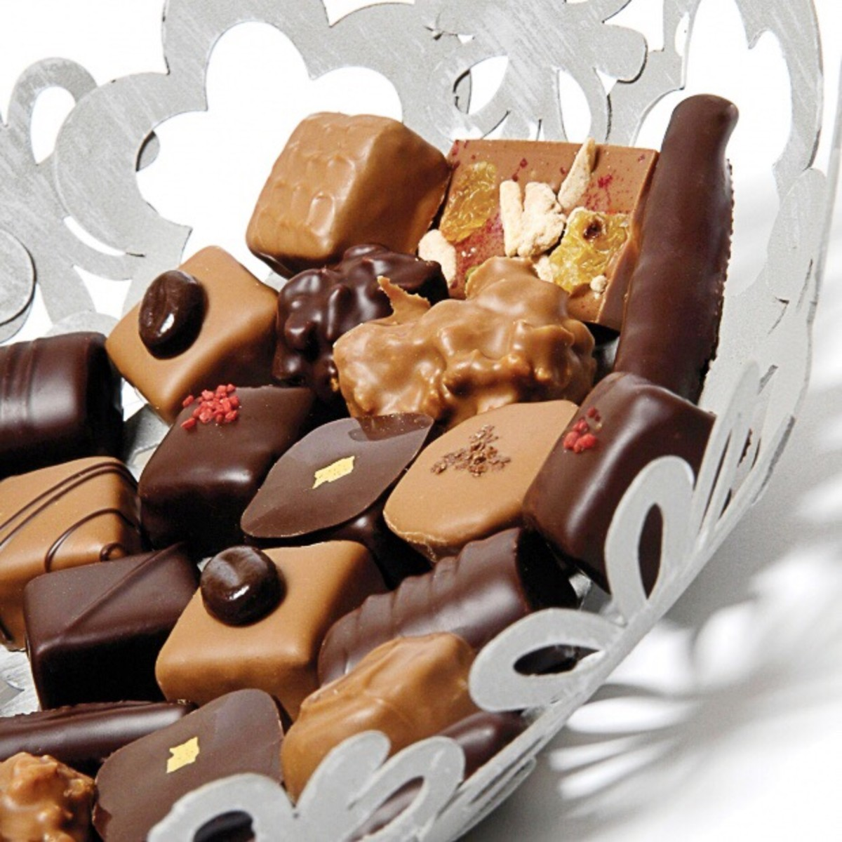 This looks like a lovely collection of chocolates, but it shouldn't be left unattended when there are dogs in the home.