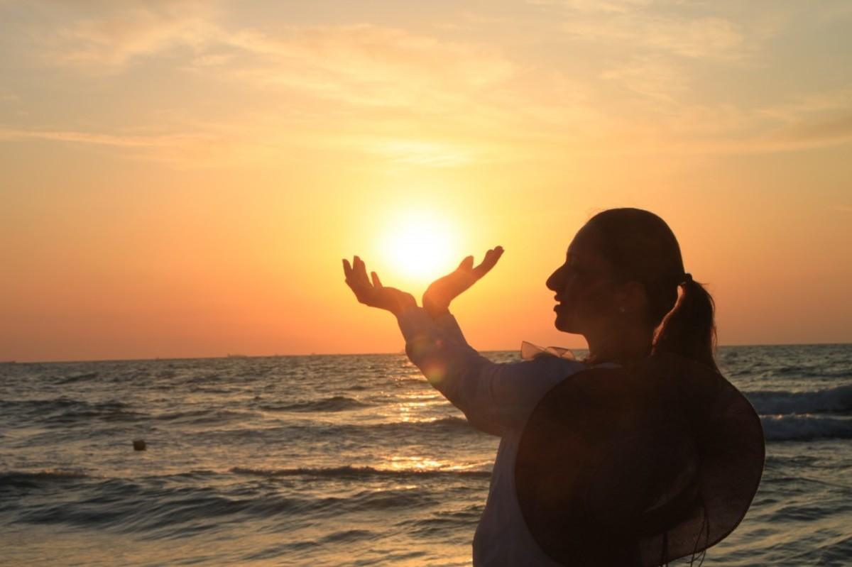 The name Sunrise might symbolize hope.