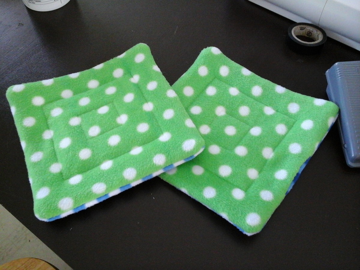 Quilted guinea pig pee pads.