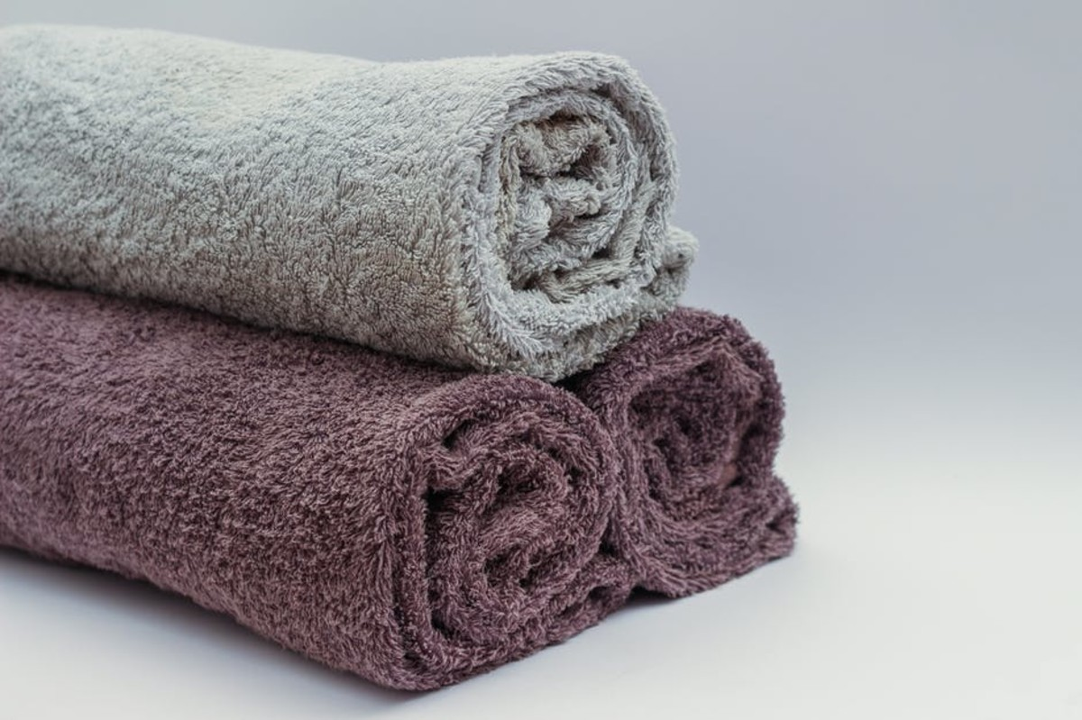 Rats enjoy soft, fluffy towels just as much as their human counterparts and will be delighted to have them as their main bedding.