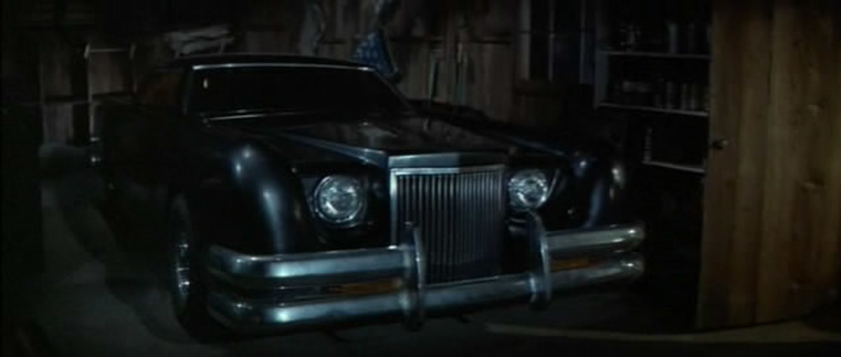 The 1971 Lincoln Continental mk3 from The Car (1977).