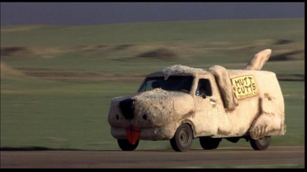 The 1984 Ford Econoline from Dumb and Dumber (1994).