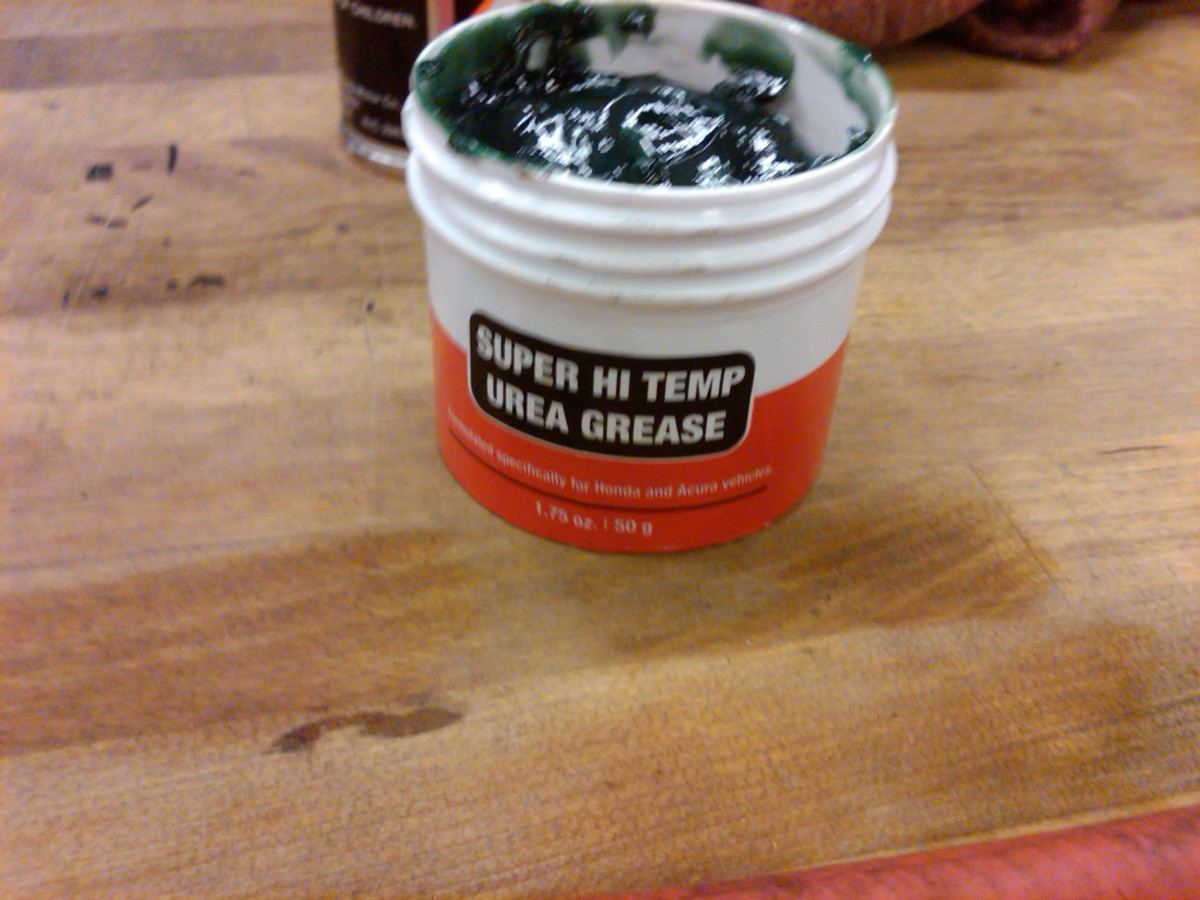 Hi-temp urea grease