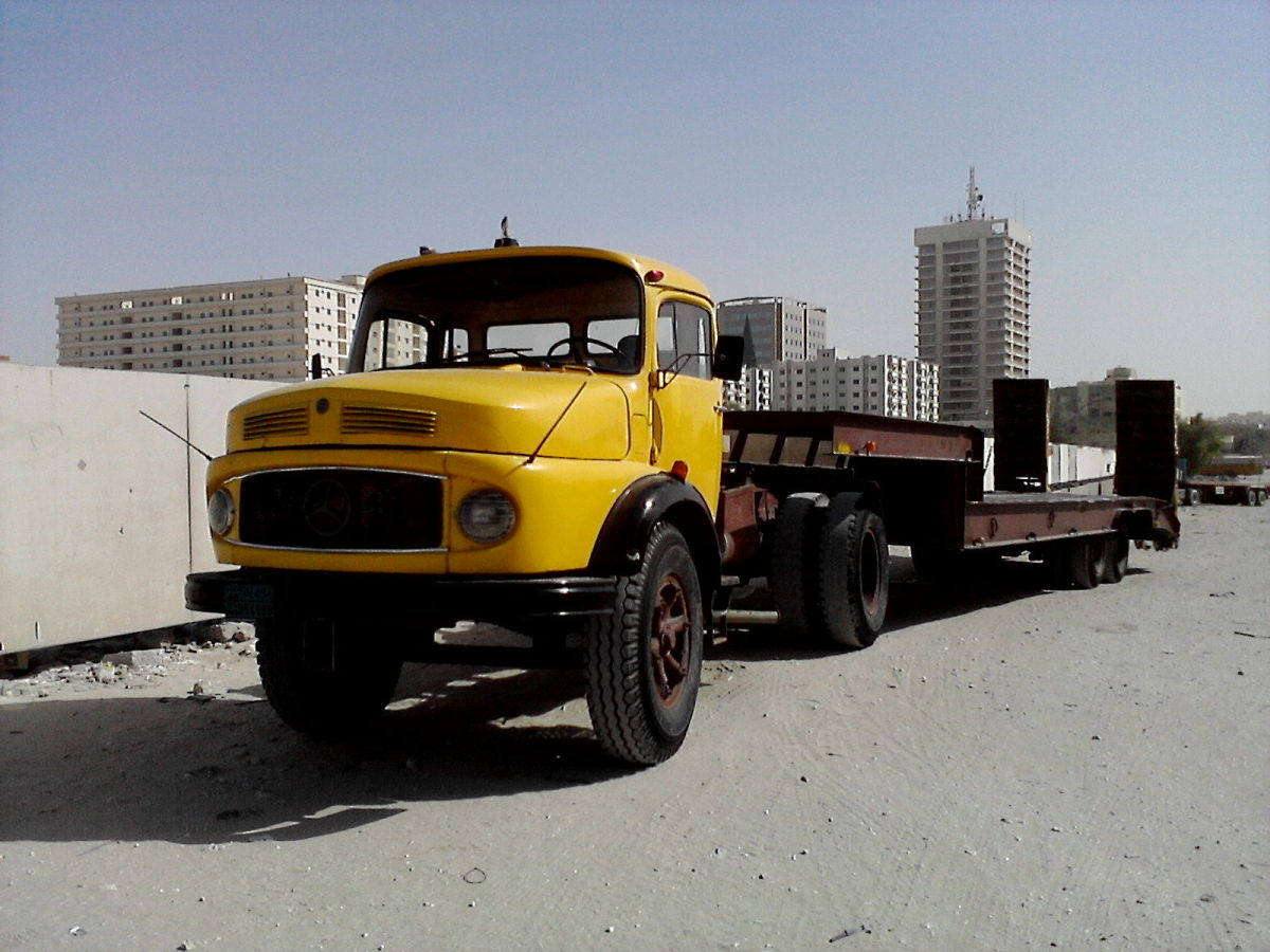 rare - the bullnose mercedes donkey with a flatbed trailer