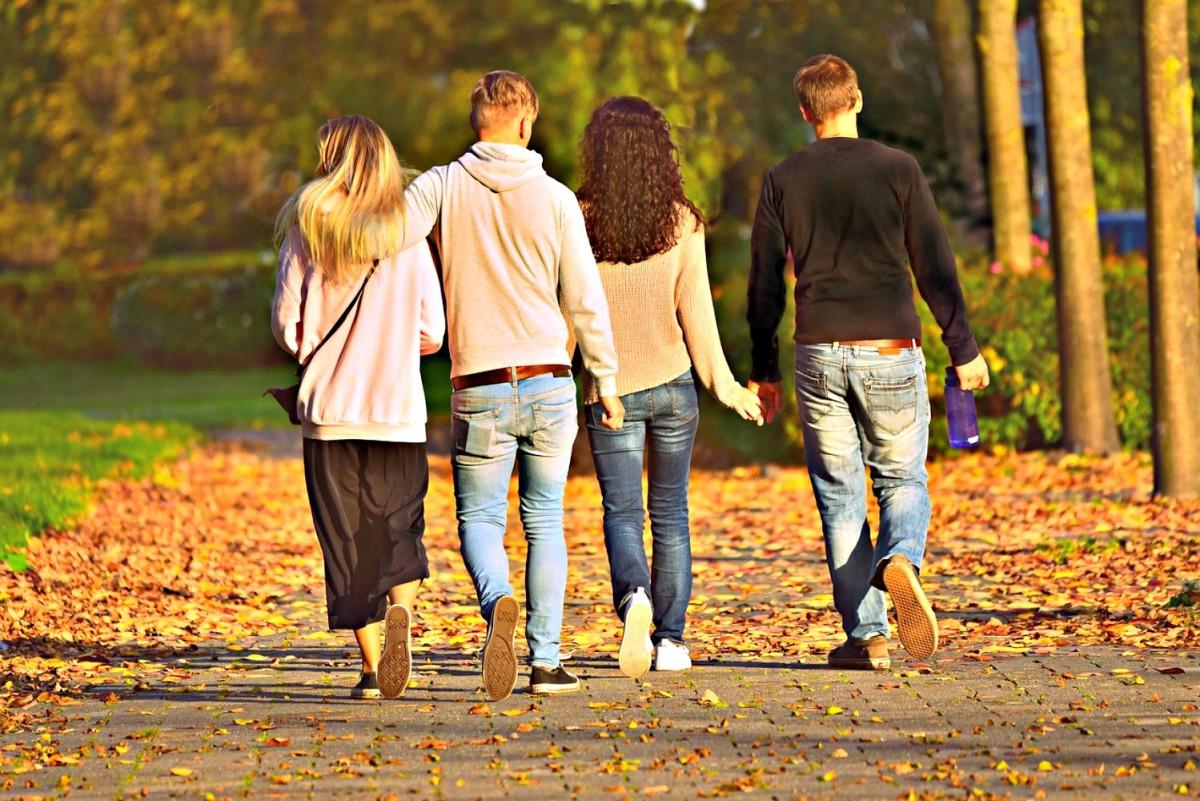 Full time RVing provides more opportunities for socializing.