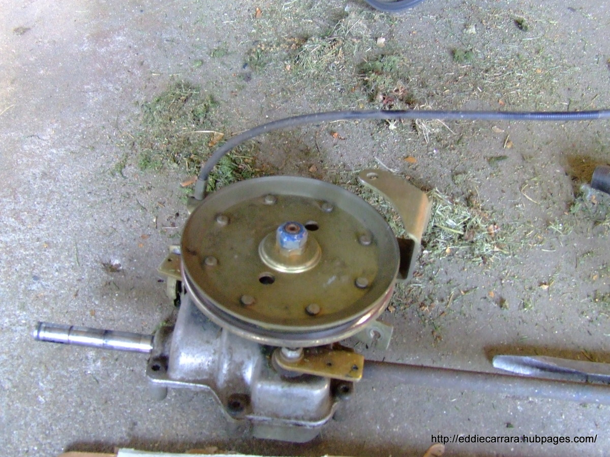 The Honda Harmony 215 transmission out of the mower