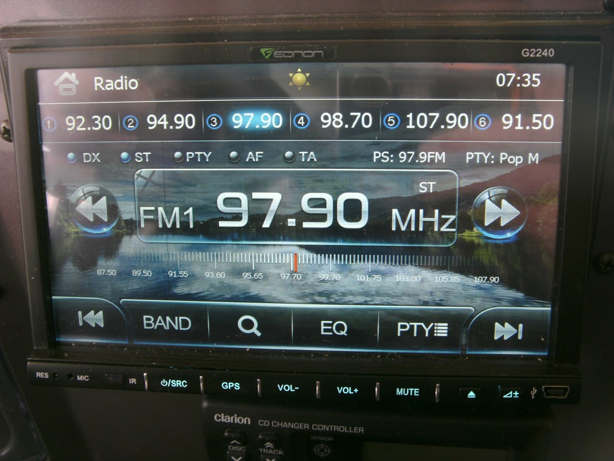 The Eonon in radio mode.