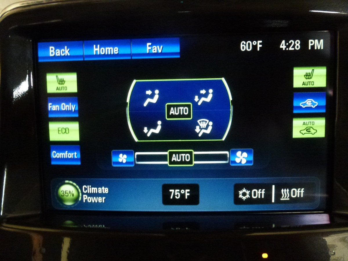 Climate control screen of the Volt
