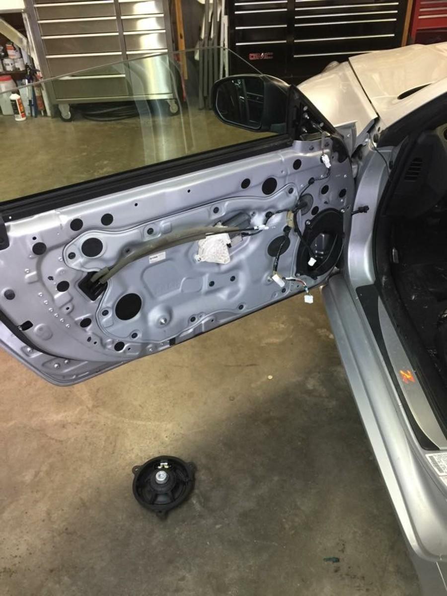 creating-a-custom-trunk-enclosure-in-a-370z