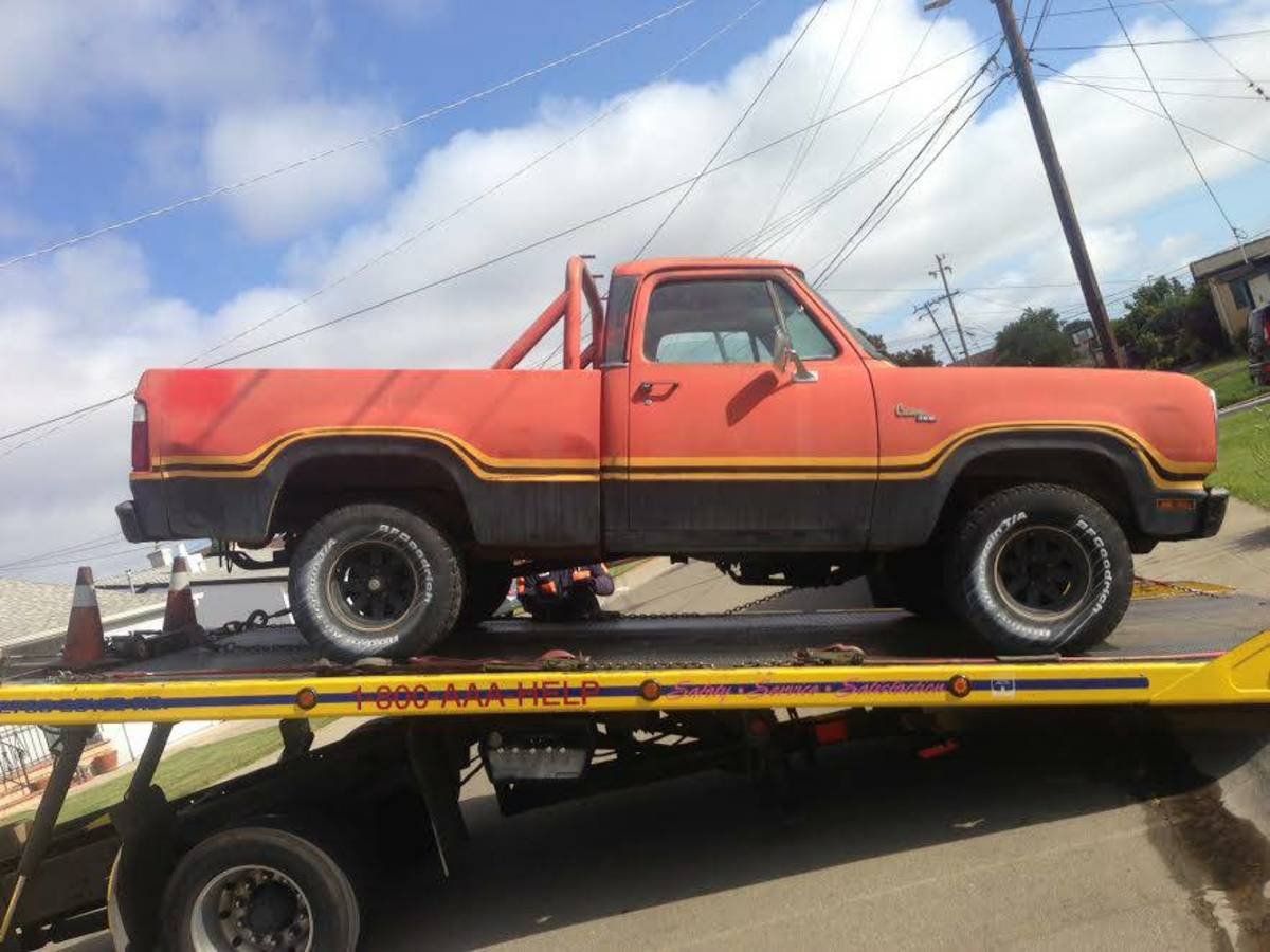 Yes, this was from an actual Craigslist ad. Notice that the seller tilted the image so it looks straight. Why is it on a tow truck?