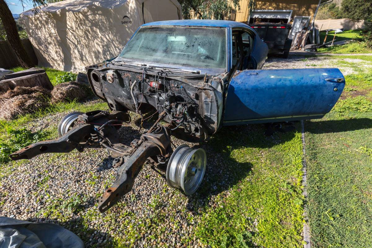 Things To Look For Buying Salvage Car