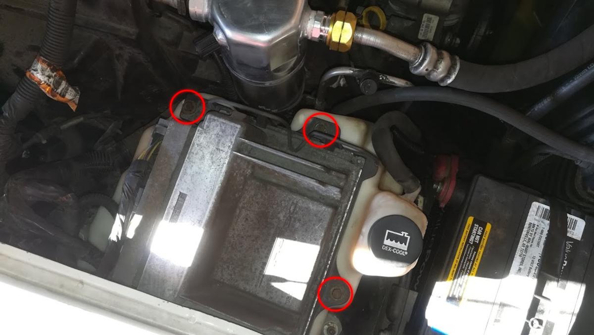 Chevy Blazer 4.3 Computer Bolt Location