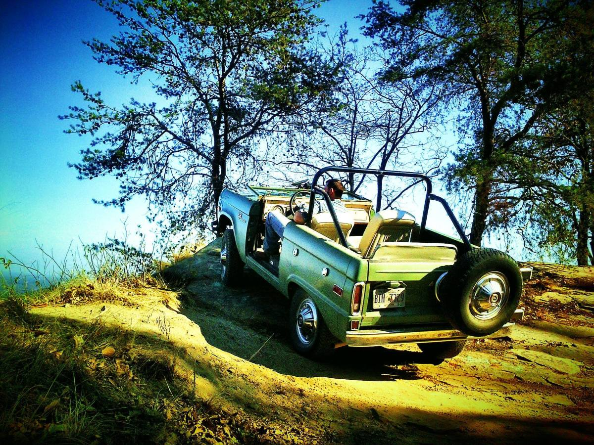 Fun without the top or doors and the windshield down when the sun's out.