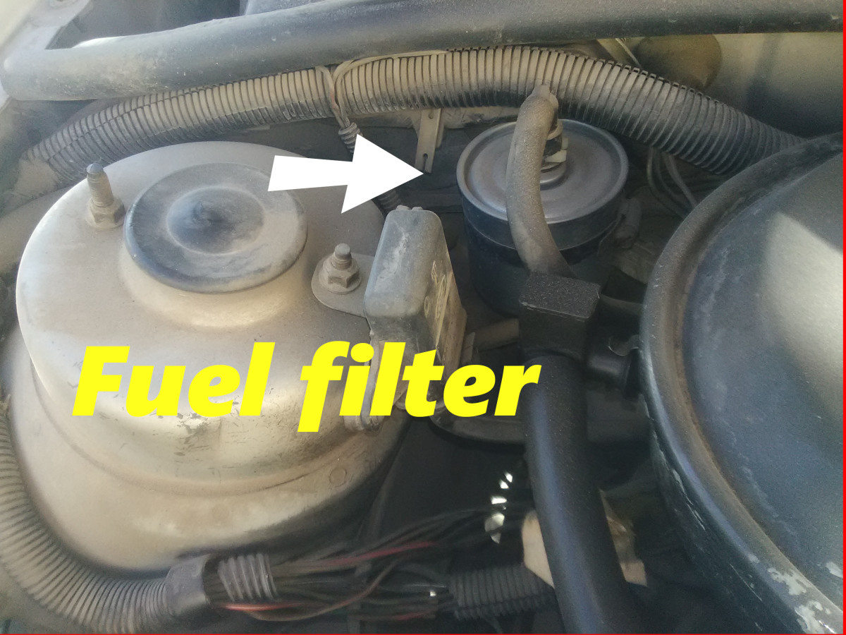 Replace the fuel filter at regular intervals to prevent engine stall.
