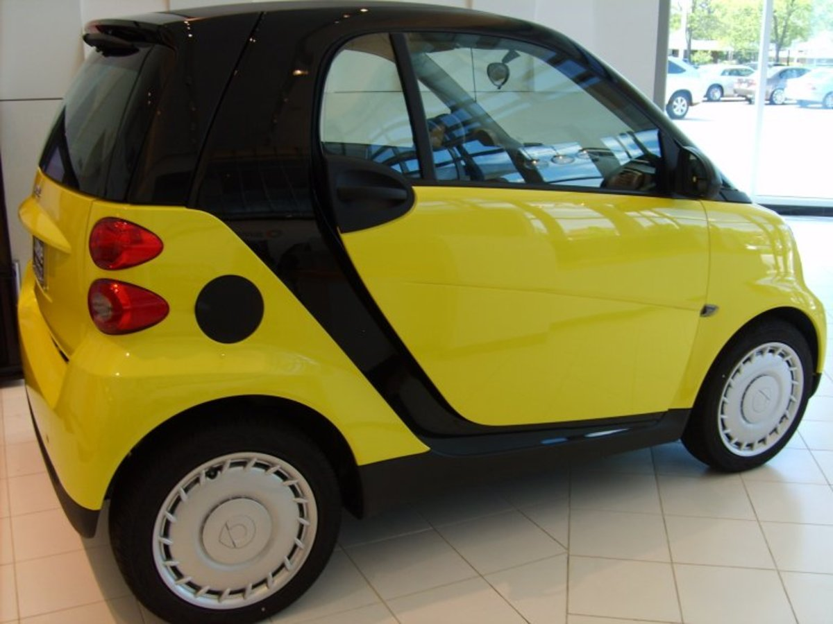 Dealer's Yellow Smart Car