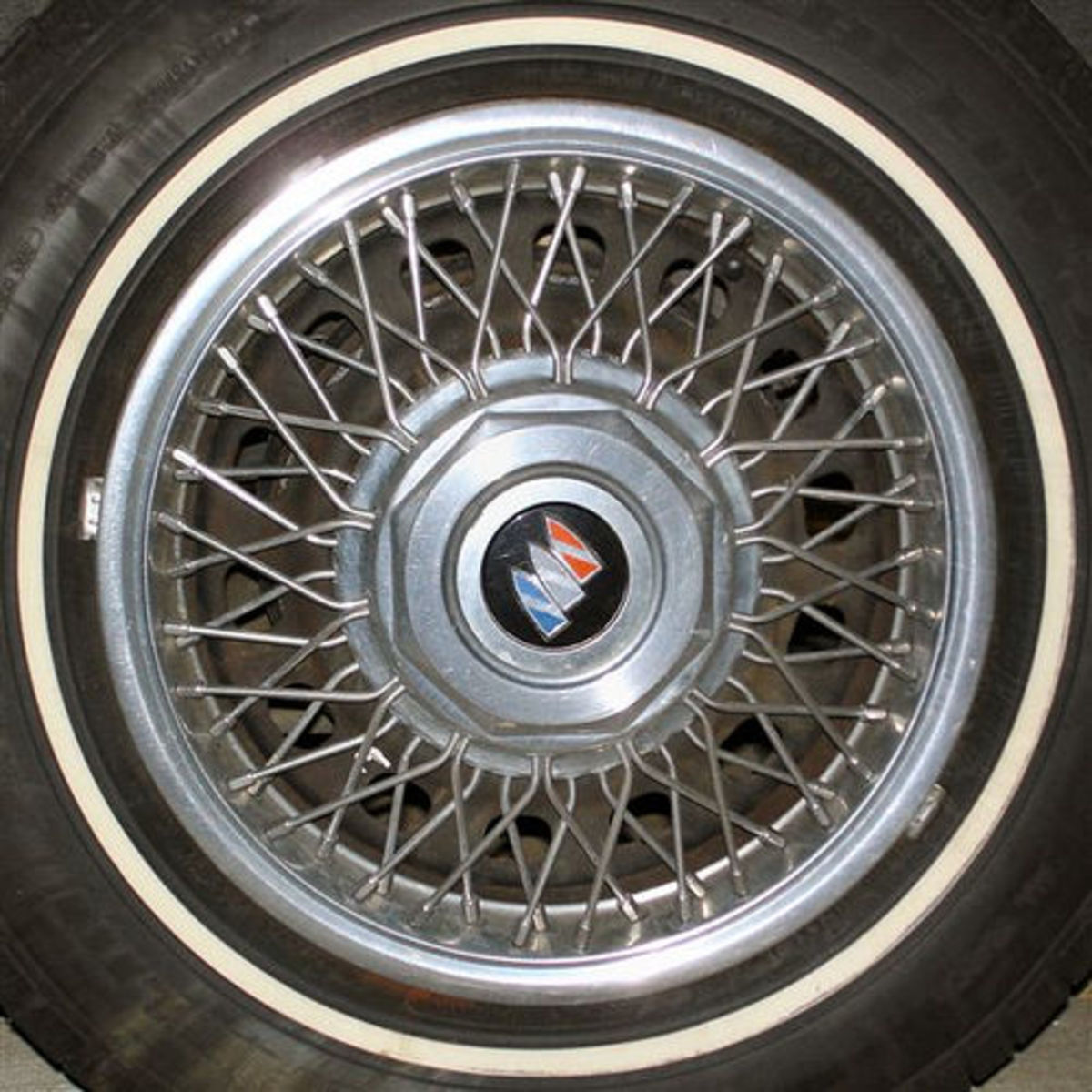 Squared Circle - Car Tire Rim-2 (Photo courtesy by thomwatson from Flickr)