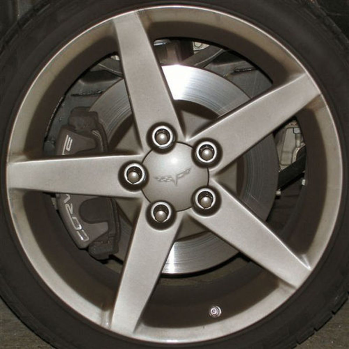 Squared Circle - Car Tire Rim-3 (Photo courtesy by thomwatson from Flickr)