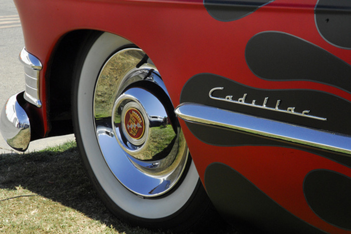 Cadillac Front End (Photo courtesy by oceanaris from Flickr)