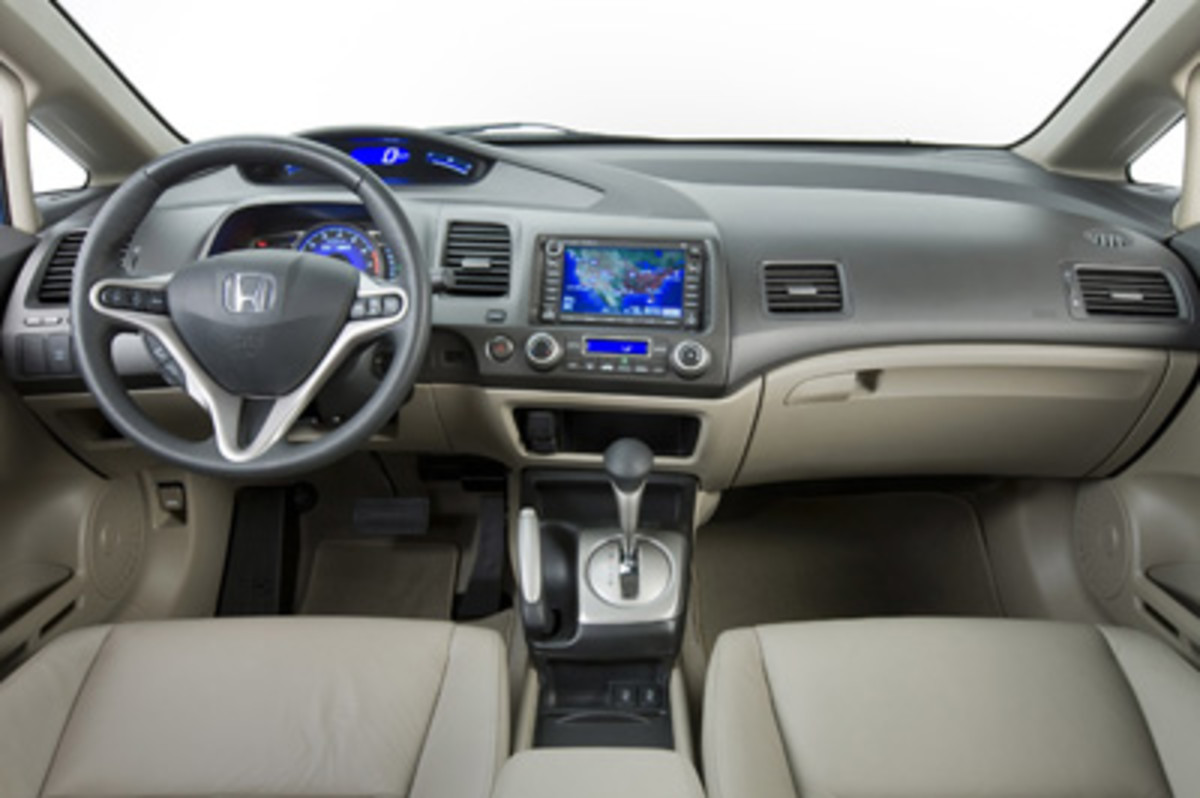 Top 10 Best Car Interiors For 2010 15 25k Hubpages