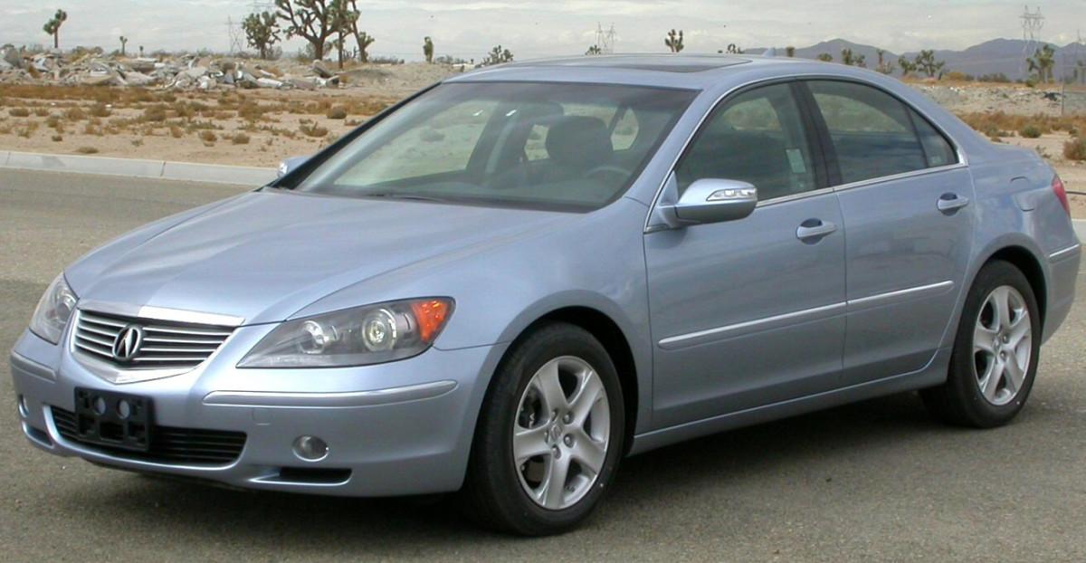 2005 Acura RL.
