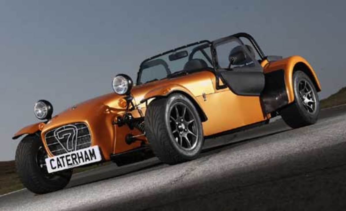7. Caterham-Super 7 R400
