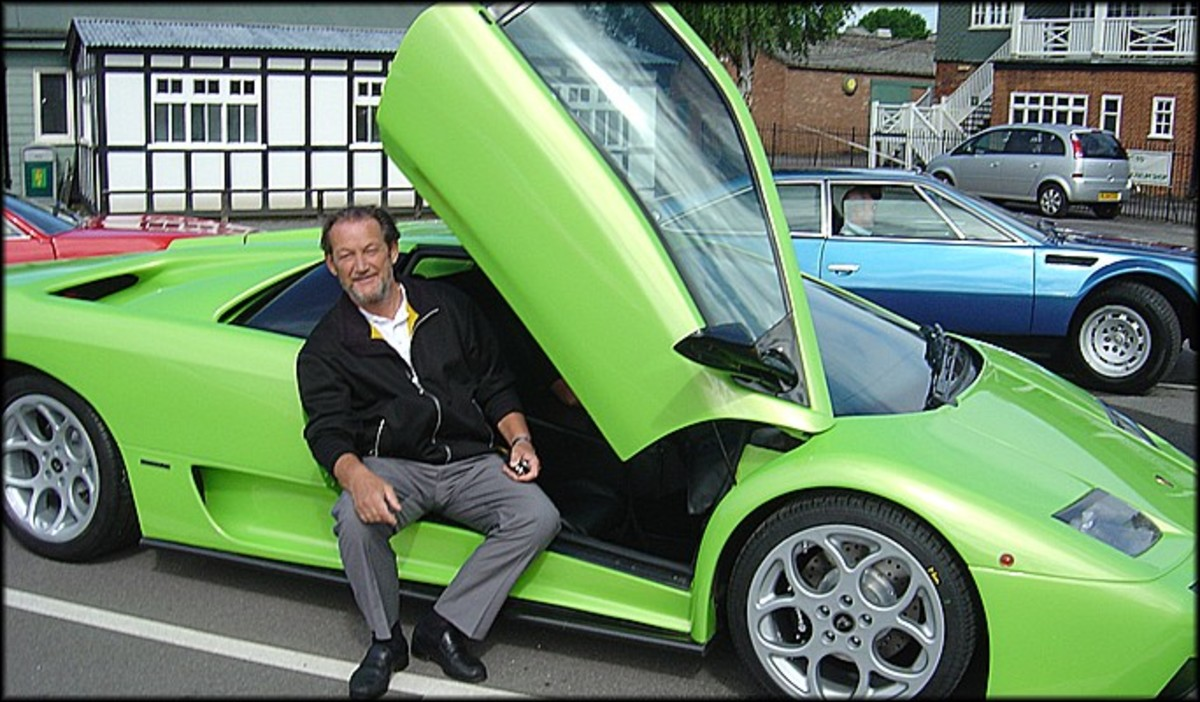 8. Parallel Designs-Torero (with retired Lamborghini Chief Test Driver Valentino Balboni).