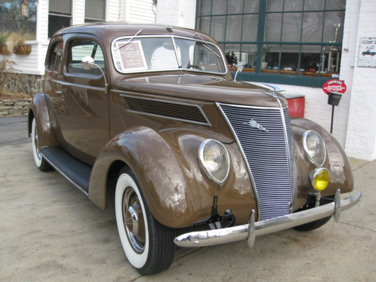 Having a more modern look and a V8 engine enabled the  '37 Ford to outsell Chevy.