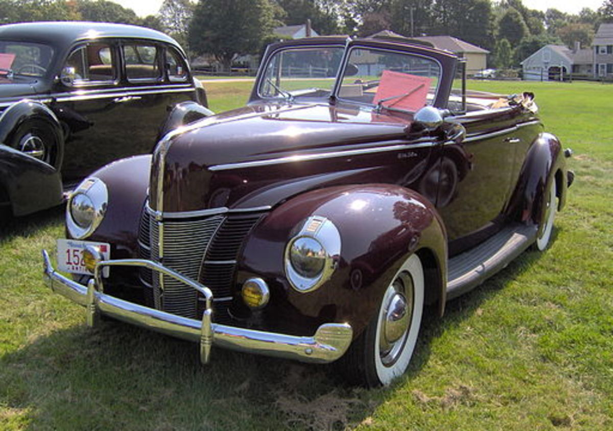 The 1940 Ford had style and sold well. The problems of the company management weren't apparent in its cars.