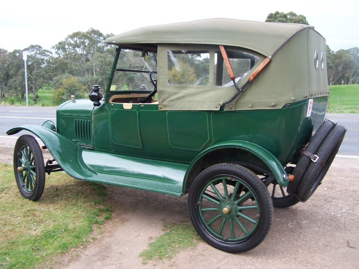 Australia produced it's own Model T and they also produced their own car bodies. This example looks quite different from it's American counterpart.