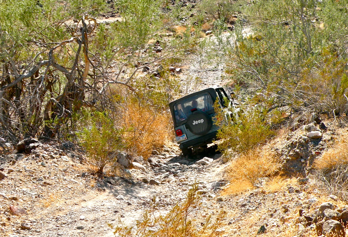 Exploring the 4WD roads near Imperial Dam—I got out of the jeep while my husband navigated this wash.