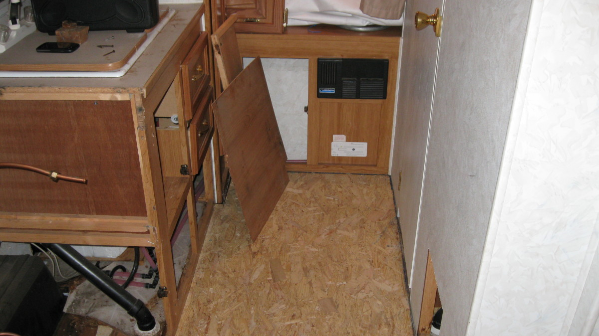 How To Replace The Floor And Restore A Roof Of An Rv