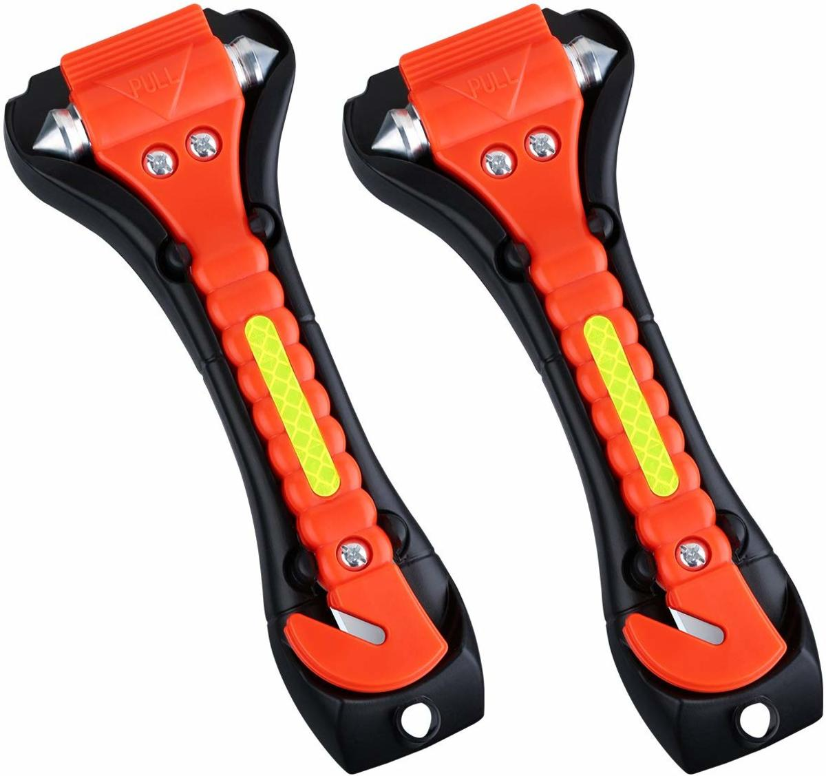 The VicTsing Safety Hammer, Emergency Escape Tool with Car Window Breaker and Seat Belt Cutter